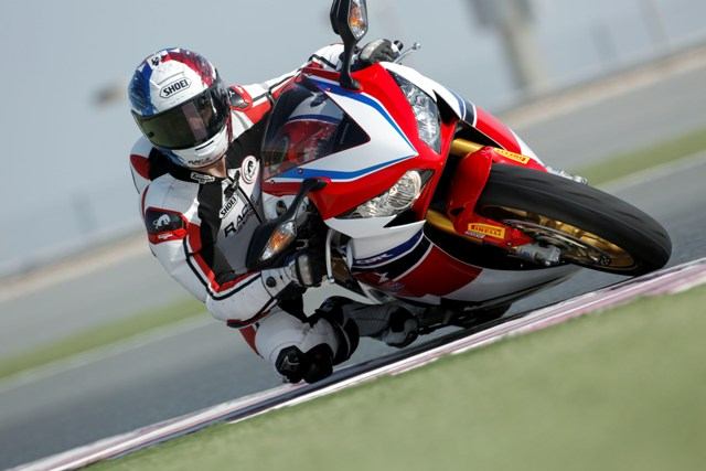 Lancement mondial HONDA CBR 1000 SP - Sébastien Gimbert en démonstration