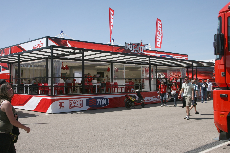 Ducati WSBK Hospi 1